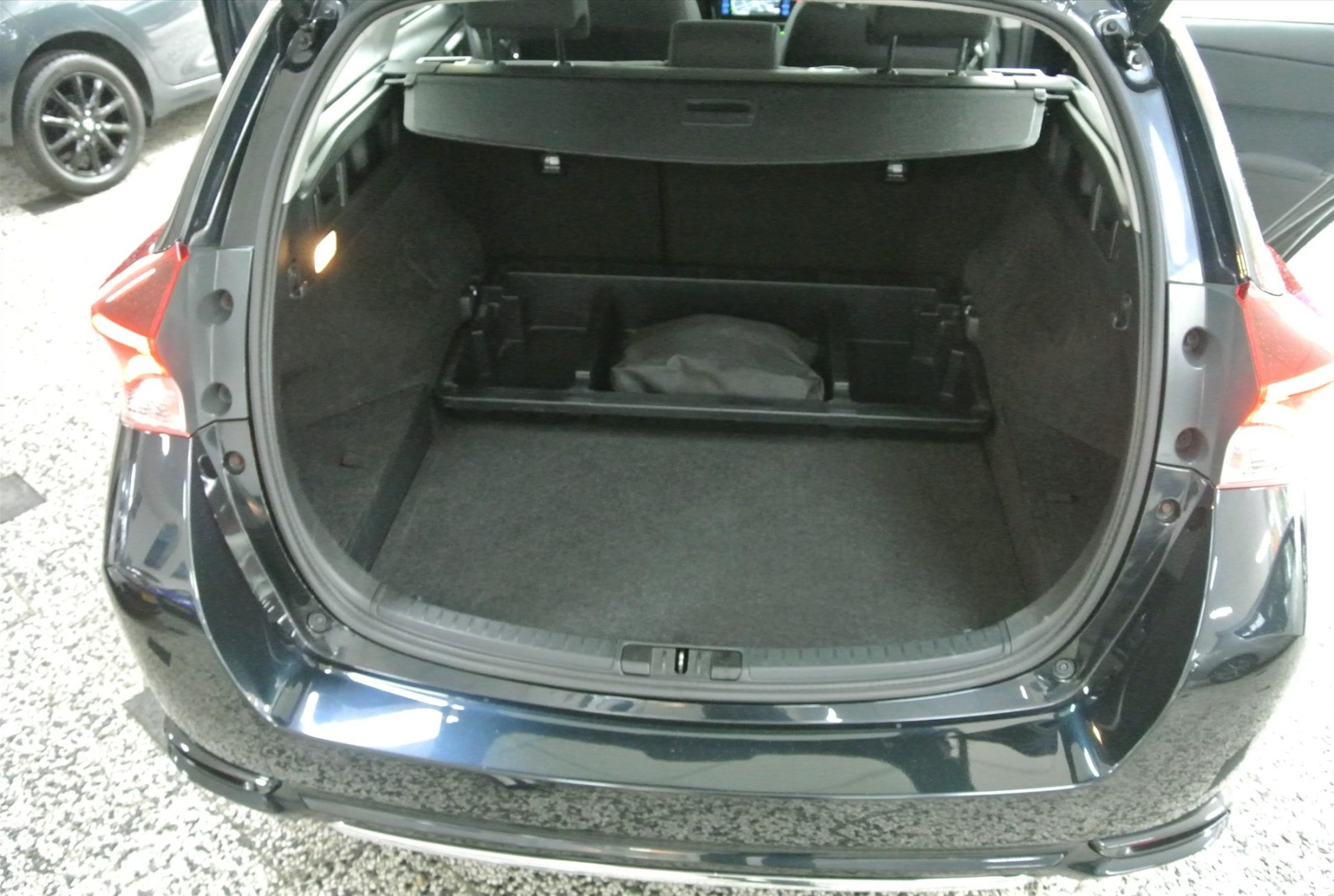 Toyota-Auris-15
