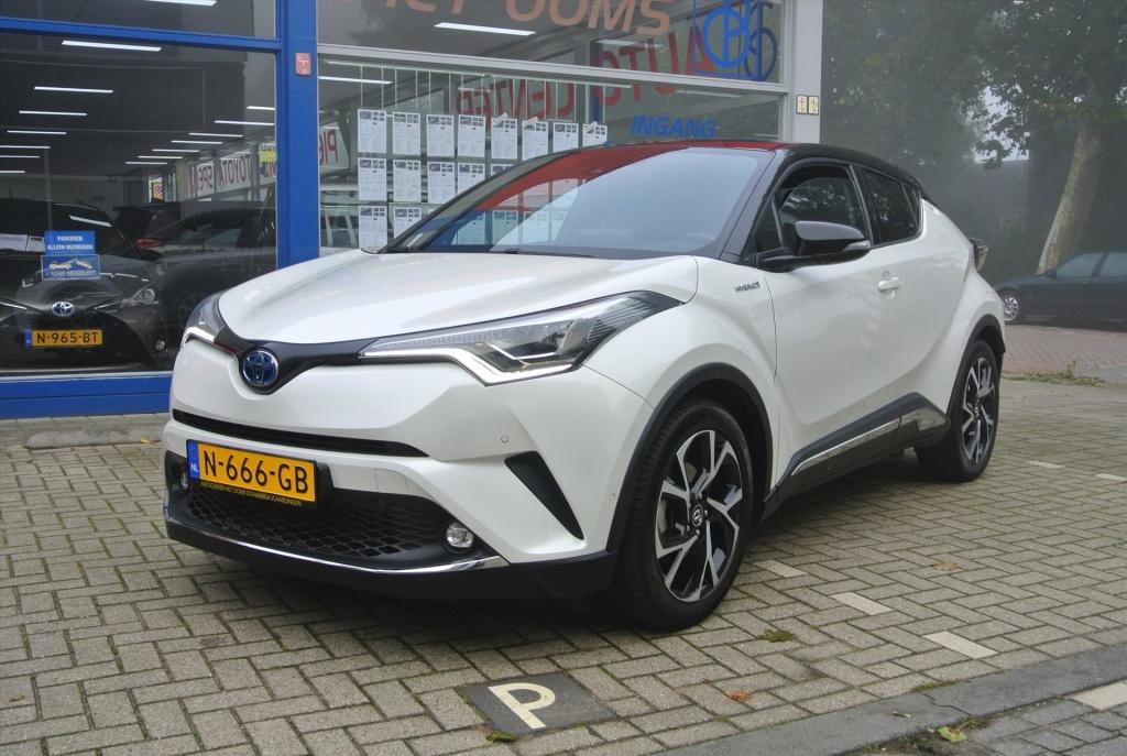 Toyota-C-HR-thumb