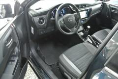 Toyota-Auris-6